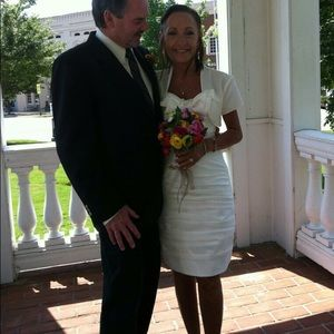 Dresses & Skirts - Wedding dress.